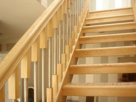 Gringras Open Hemlock Staircase
