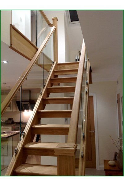 Case Study Hunters Barn Glass Staircase