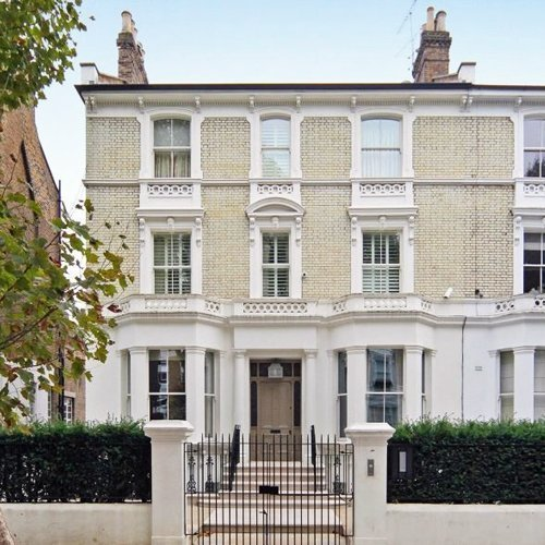 The townhouse in Notting Hill rented for Apprentice candidates