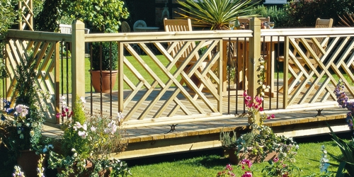 Timber panels and metal spindles from the Traditional range
