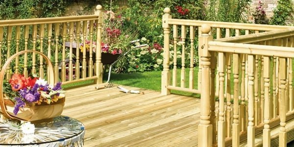 Decking with outdoor balustrade