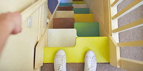 Space saver staircase with alternating treads