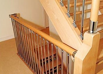 Wood and metal banisters