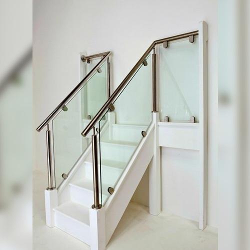 acier inoxydable, verre, escalier