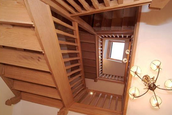 Oak stair case with winder stairs for a multi storey house. Grand oak stairs