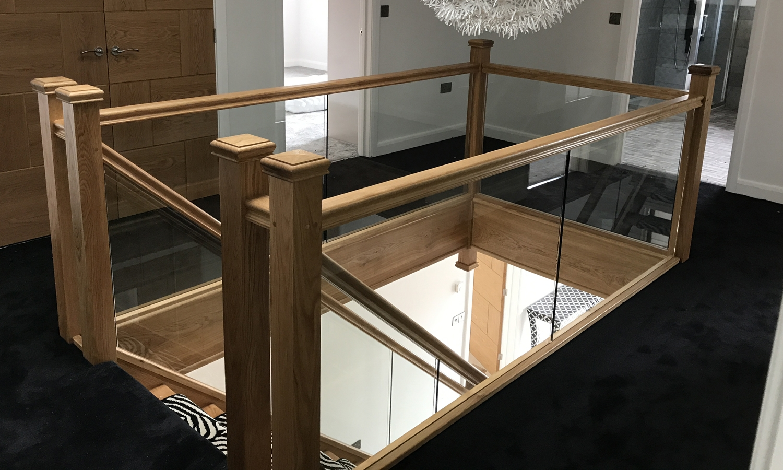 glass and oak balustrade, oak balustrade, glass balustrade