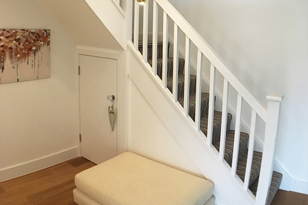 Plain white balustrade fro stairs