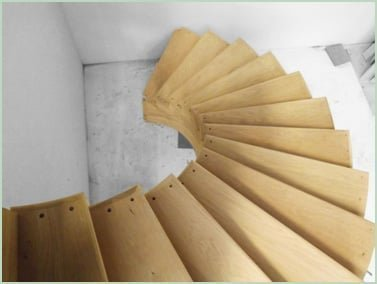 Curved staircase mid production