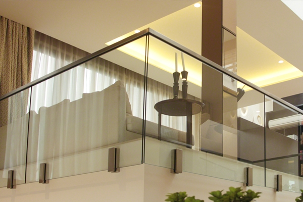 Interior glass balustrade used on a mezzanine floor