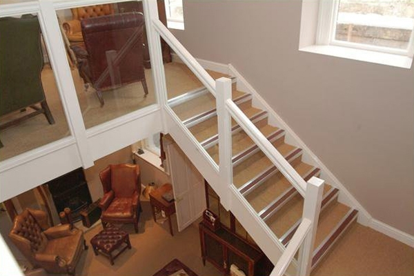 Timber handrail with glass panels