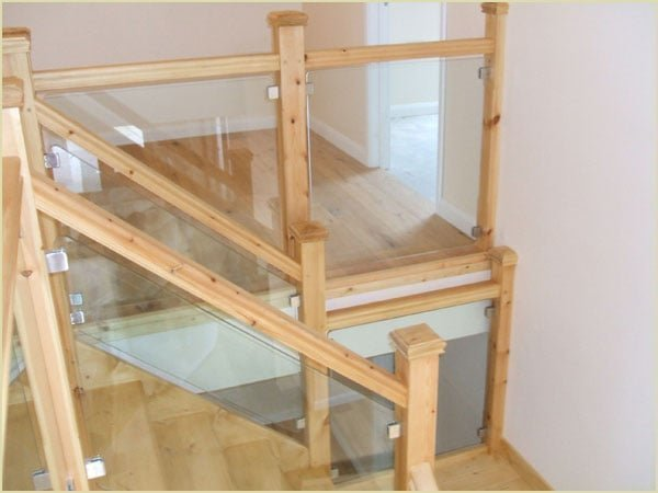 Glass Staircase designed by Pear Stairs